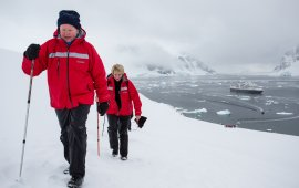 Walking on the Antarctic Continent